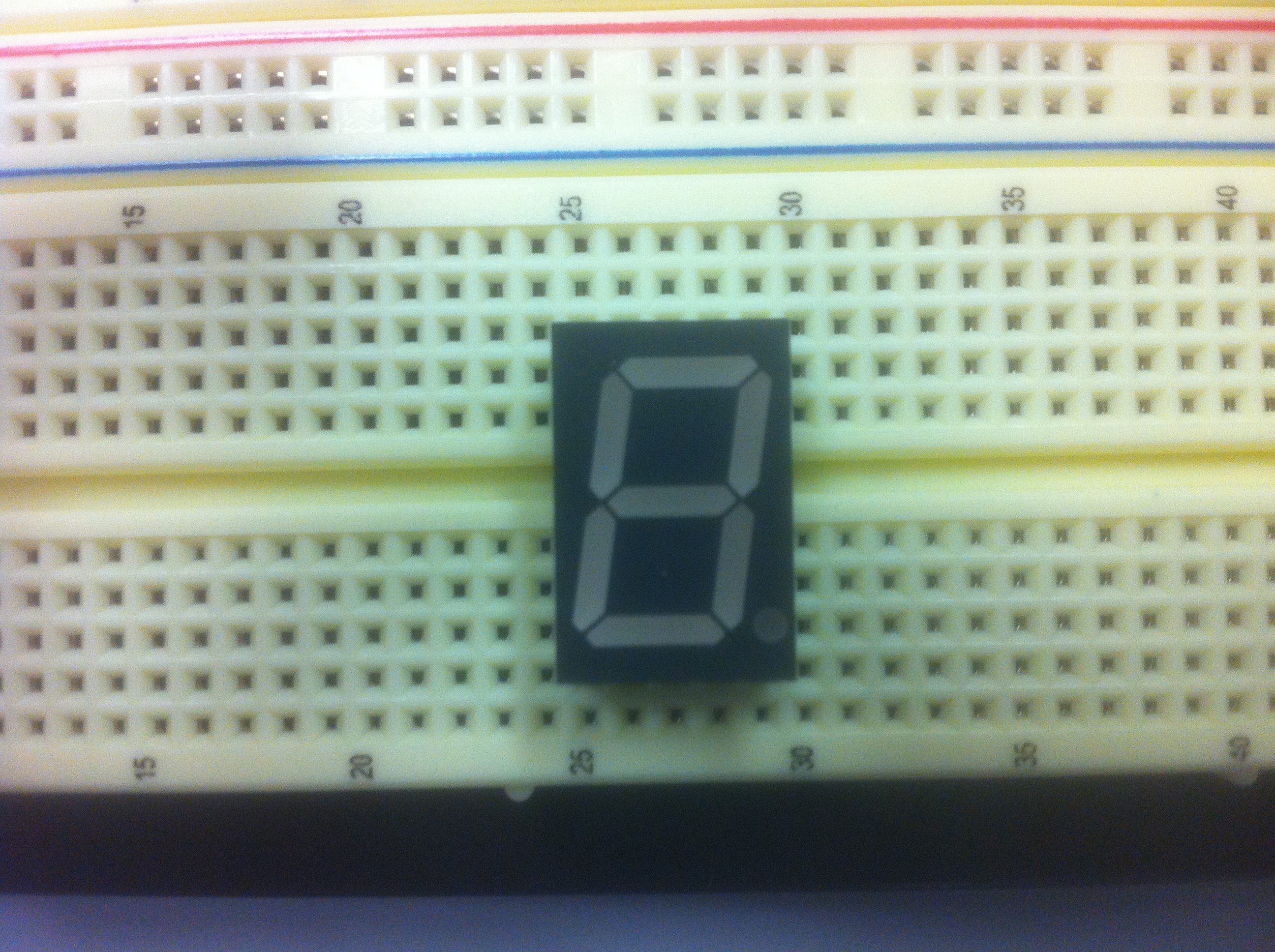 Circuit1 Counter Using 7 Segment Display Public Circuit Online Be Careful That You Should Not Let The Wires Touch Each Other Otherwise It May Result In Short And Overheat Some Parts